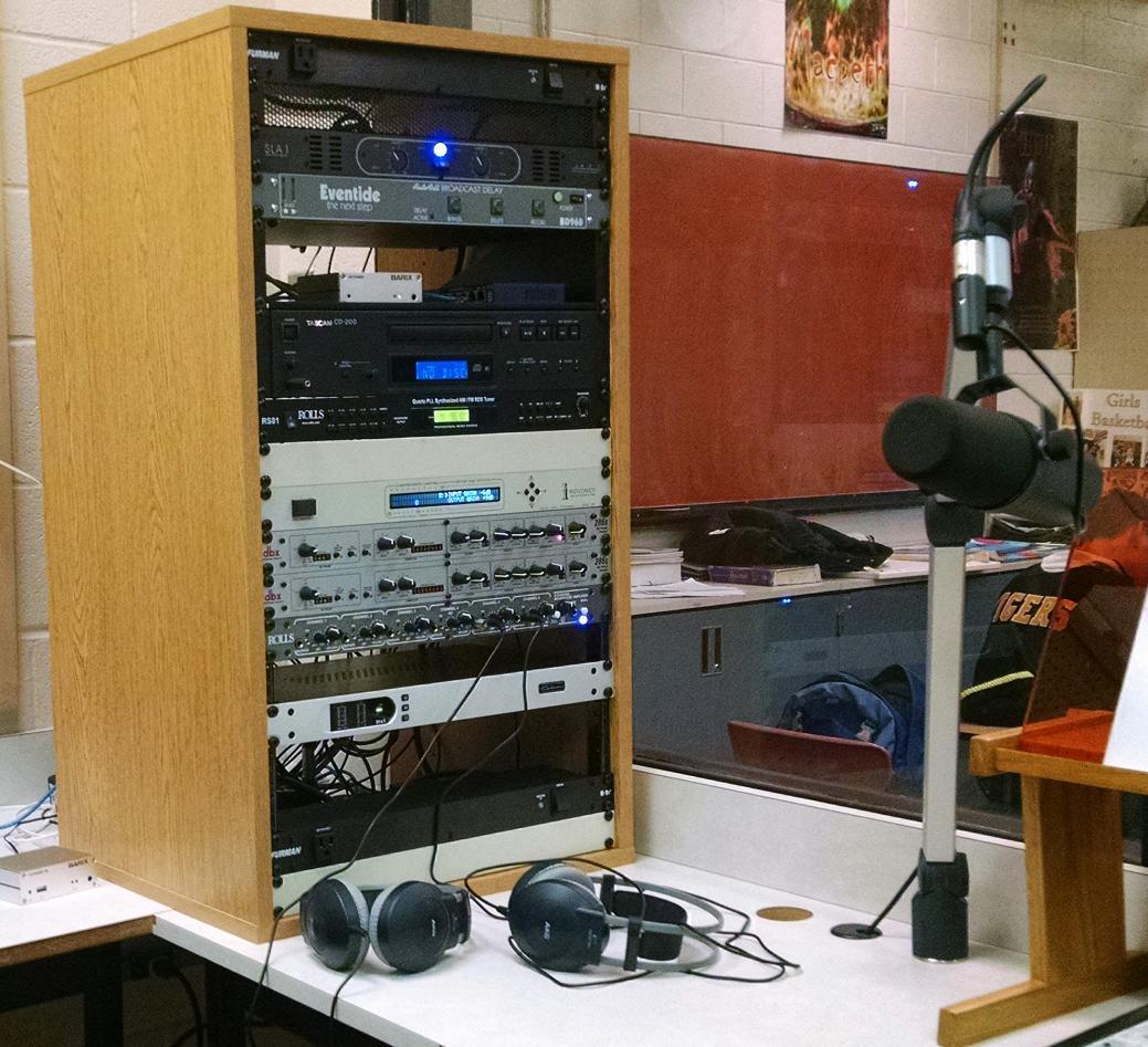 School Studio Equipment Rack